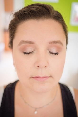 Schlichtes Braut Make-up l Foto: Jasmin Ritzel